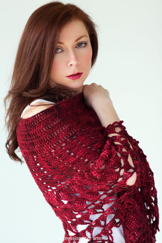 Red Velvet Rose Wrap Crochet Pattern