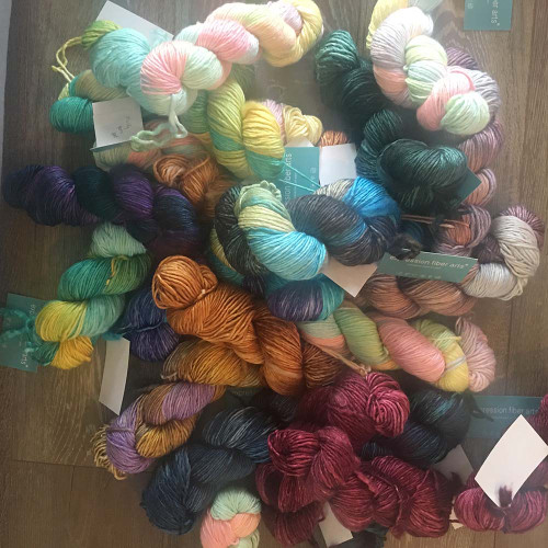 MAGICAL MESSUP - 30% off - SUPERWASH MERINO SILK PEARLESCENT WORSTED