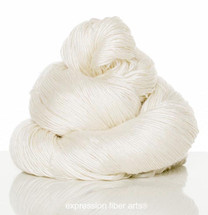 EGGSHELL SUPERWASH MERINO SILK PEARLESCENT FINGERING