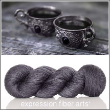 BLACK ONYX SUPERWASH MERINO SILK PEARLESCENT FINGERING