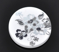 White Wood Painted Button Floral (Design No.1) Four Hole 30mm
