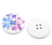 White Wood Painted Button Floral (Design No.10) Four Hole 30mm