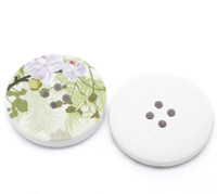 White Wood Painted Button Floral (Design No.17) Four Hole 30mm