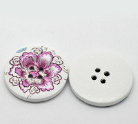 White Wood Painted Button Floral (Design No.20) Four Hole 30mm
