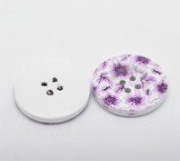 White Wood Painted Button Floral (Design No.25) Four Hole 30mm