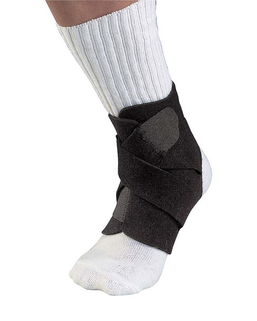 Mueller 4547 Adjustable Ankle Support   Physical Sports First Aid