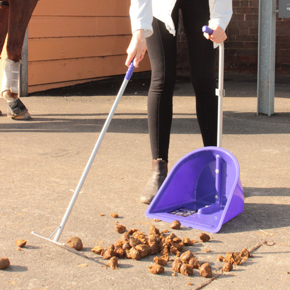 No one likes picking up after their horses. But Tubtrugs Tidee makes this task a little less awful.