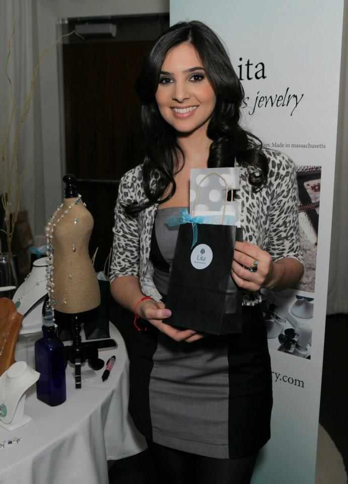 golden-globe-awards-gifting-suite-photos-27.jpg