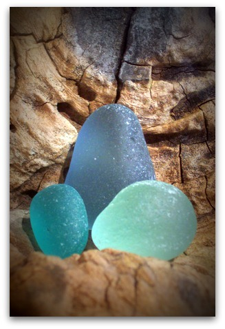 lita-sea-glass-3-seaglass-about.jpg