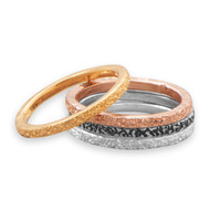 Textured stacking rings