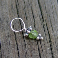 Tiny Peridot Gemstone Bead w/Bali Flower (Aug)