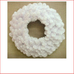 Alberta Spruce Wreath 61cm White