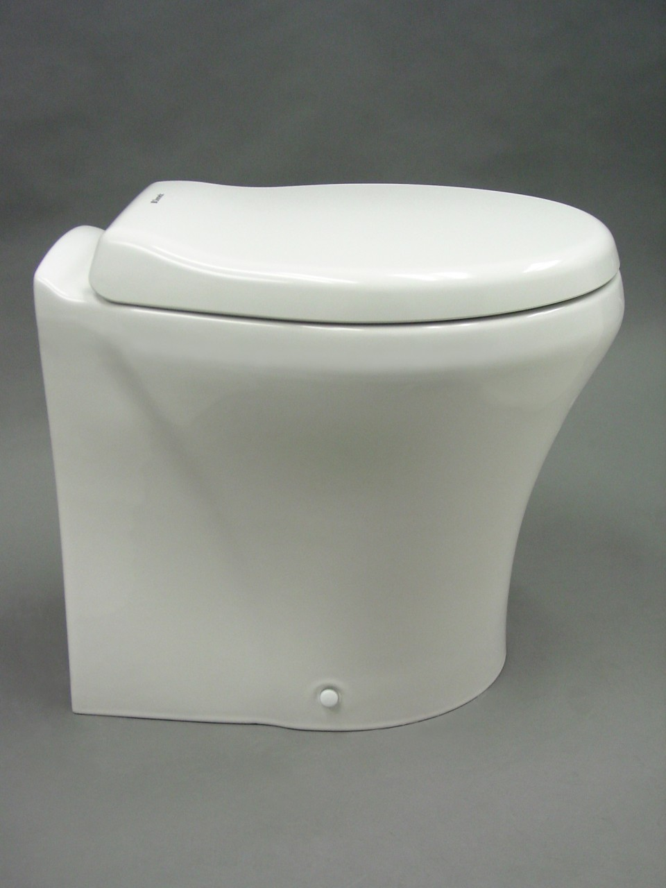 Dometic 304863901 Masterflush Macerator Toilet 8600 White   1,15000 Plus Frtease Call For Frt Quote