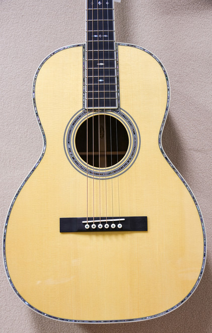 Martin Custom 00-42K Carpathian Spruce Top with High Flame Koa Acoustic Guitar (One of Two Made) (00-42K (Custom Shop))
