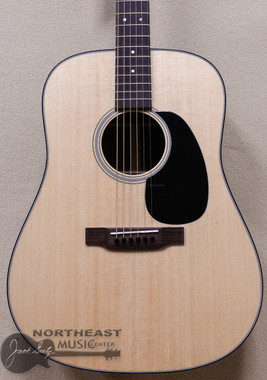 Martin D-21 Special Limited Edition Dreadnought Acoustic Guitar (D21)