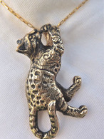 Bengal Cat Pendant Medium 14kt