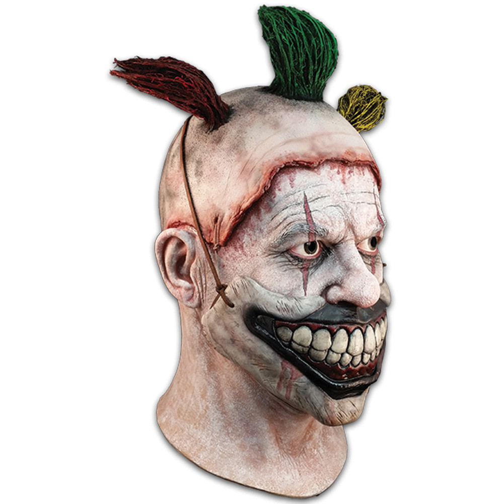 https://d3d71ba2asa5oz.cloudfront.net/12013655/images/american_horror_story_twisty_clown_left_2.jpg