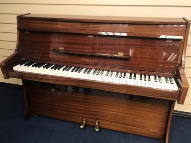 Barnes & Avis Upright Piano