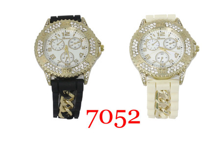 Geneva Ladies Silicone Chain Band Watch