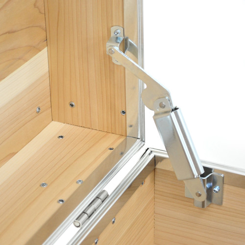 Rhino Large Cedar Storage Trunk hinge.
