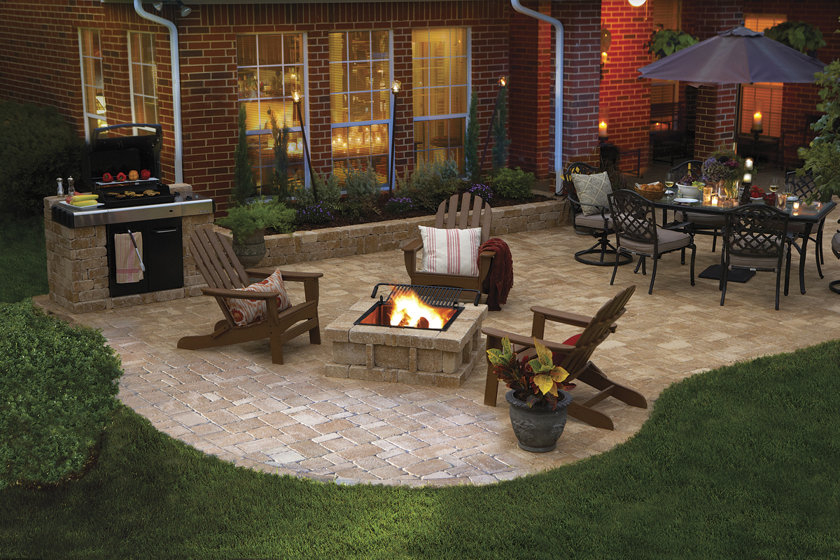 patio-with-firepit-pavestone.jpg