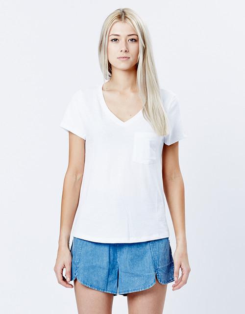 V-neck tee white