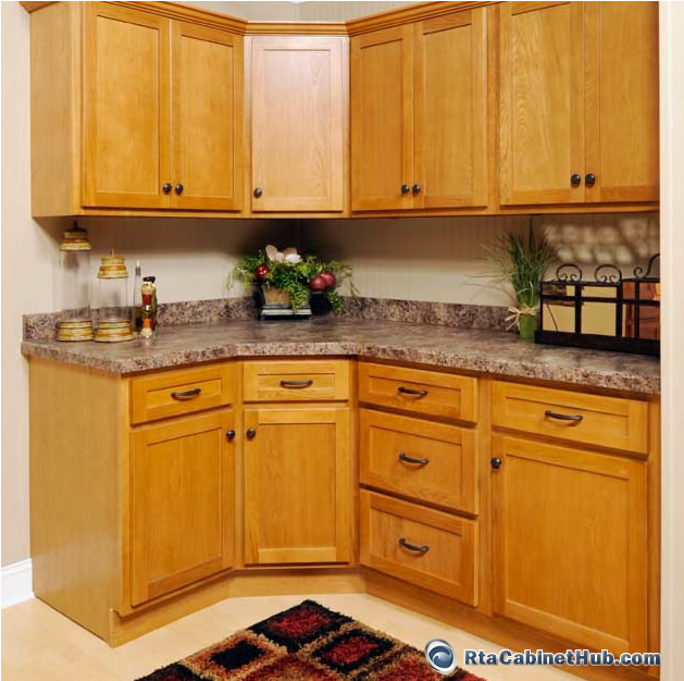 Rta kitchen cabinets oak shaker rta cabinet hub for Shaker kitchen cabinets