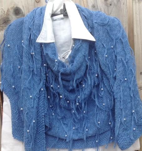 Tassel shawl