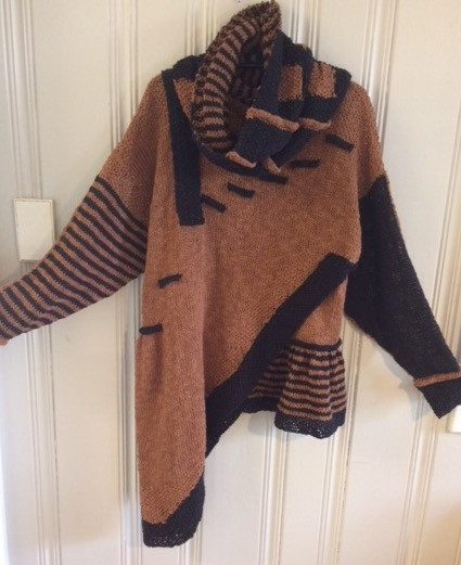 Front with Lined Cowl Choc/Black