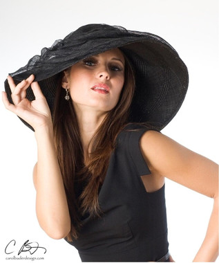 Black Medium Brim shown here.