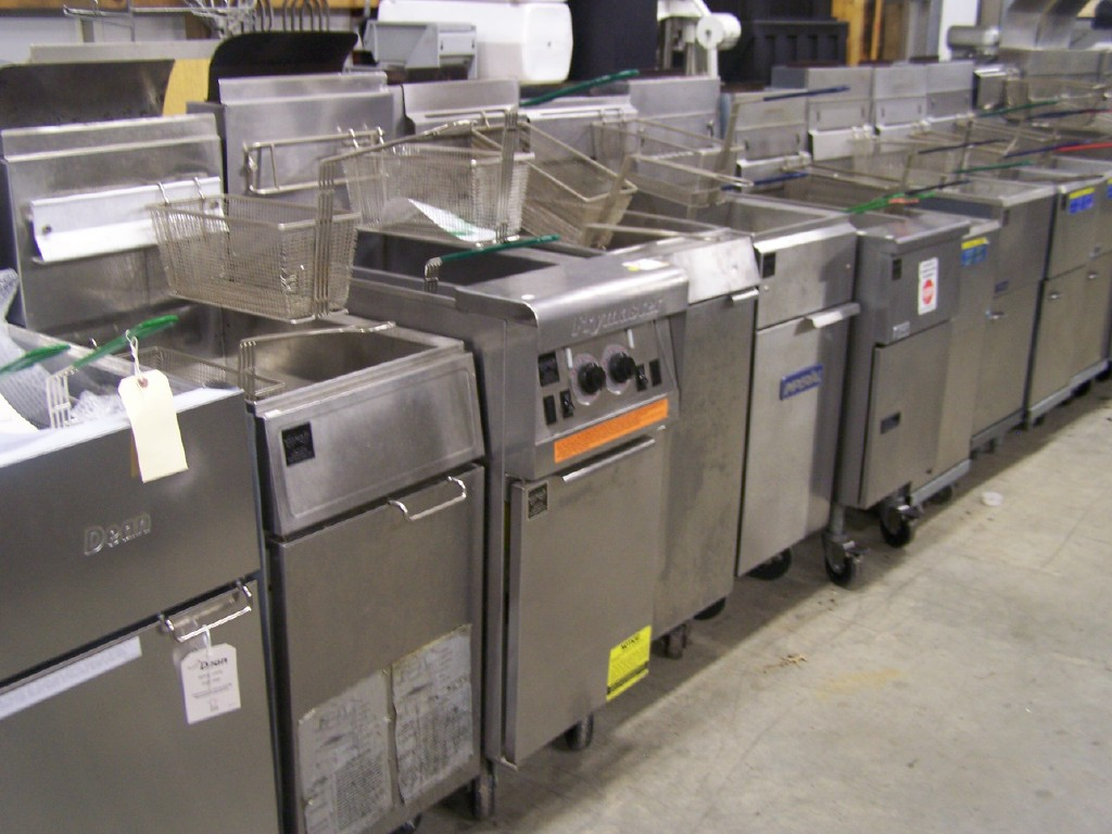 30-40-lb-commercial-deep-fryers.jpg