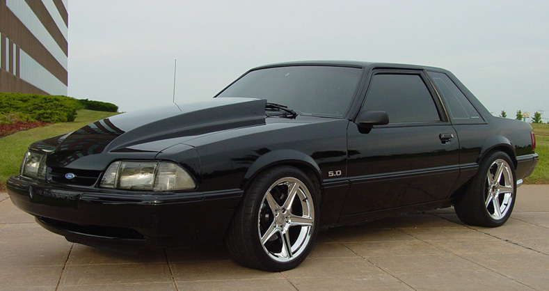 1993-ford-mustang-hatchback-5.0.jpeg