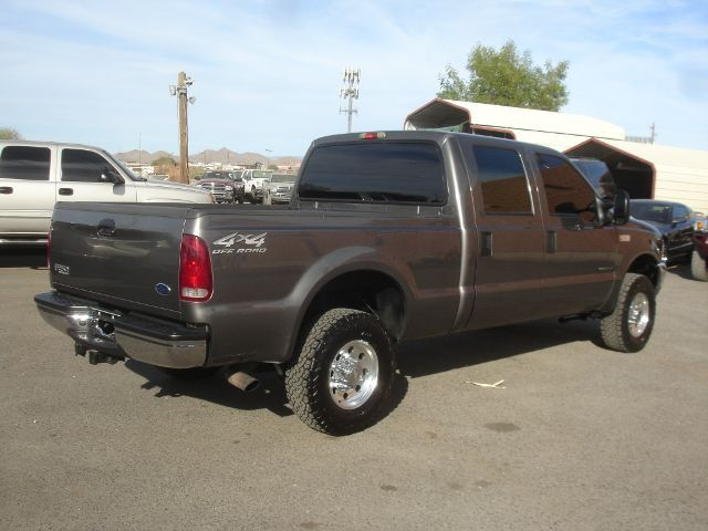 f250-super-duty-crew-cab-4-door-2002.jpg