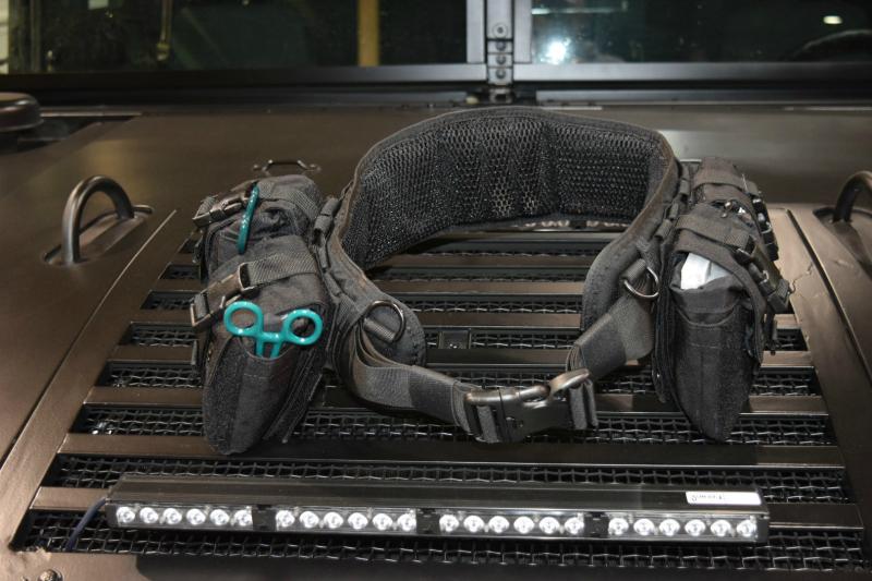 dismounted-eod-operator-patrol-belt-black-closed-front.jpg