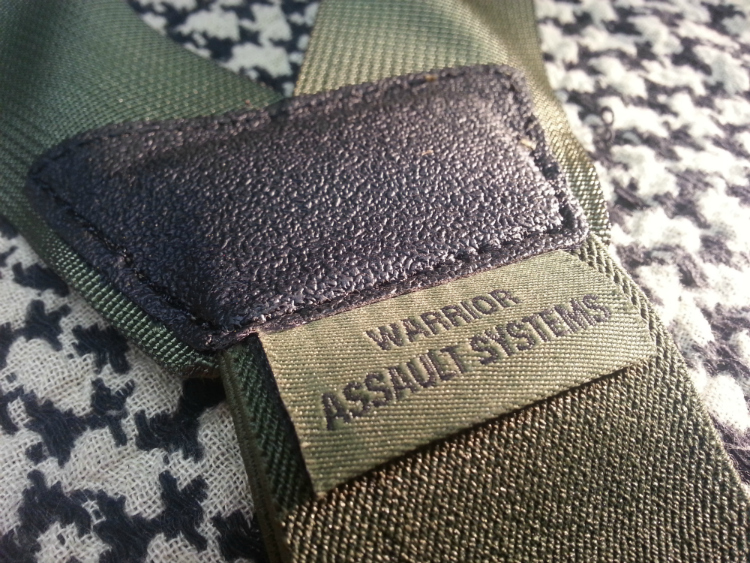 slim-harness-stitching-close-up.jpg