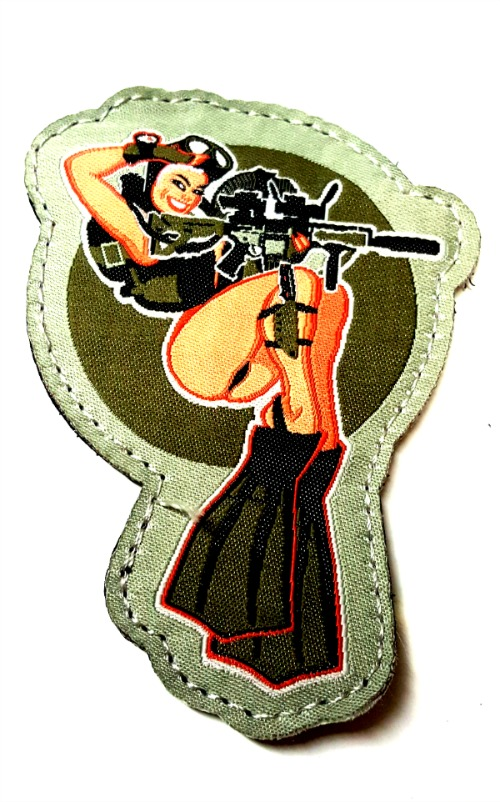vintage-combat-diver-girl-patch.jpg