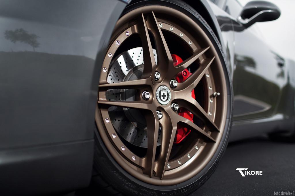 TiKORE + Porsche 911 C2S + HRE