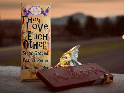 They Love Each Other - Stone Ground Peanut Butter Chocolate Bar