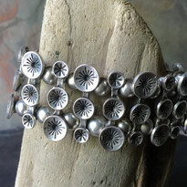 Silver Bloom Stretch Cuff