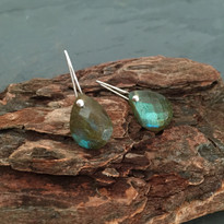 Drop Earrings in Labradorite and Silver