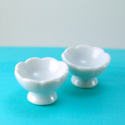 Dollhouse Miniature Bowl with Pedestal - 1/12 scale