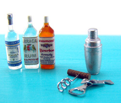 Dollhouse Miniature Cocktail Shaker - 1/12 scale