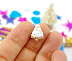 Dollhouse Miniature Cookie Mold Christmas Tree, Large - 1/12 scale