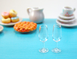 Dollhouse Miniature Champagne Glass - 1/12 scale