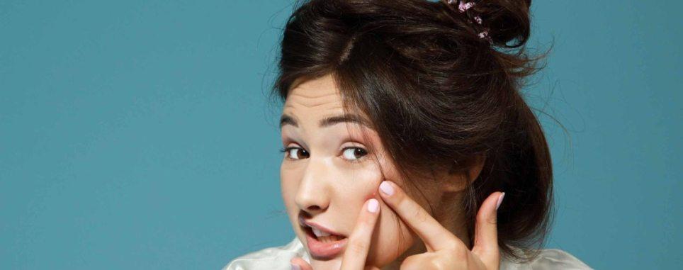 Clearogen Anti Blemish Kit I beautyfeatures.ie