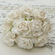 40 mm Large Ivory Wild Roses