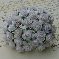 25mm Mulberry Open Roses White