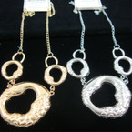 "20"" Gold & Silver Chain Necklace w/ Casting Pendant"