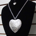 "20"" Silver Chain Necklace Set w/ 2"" Textured Heart Pendant .50 per set"