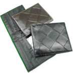 Diamond Print Men's Bi Fold Wallets 2 colors .58 each